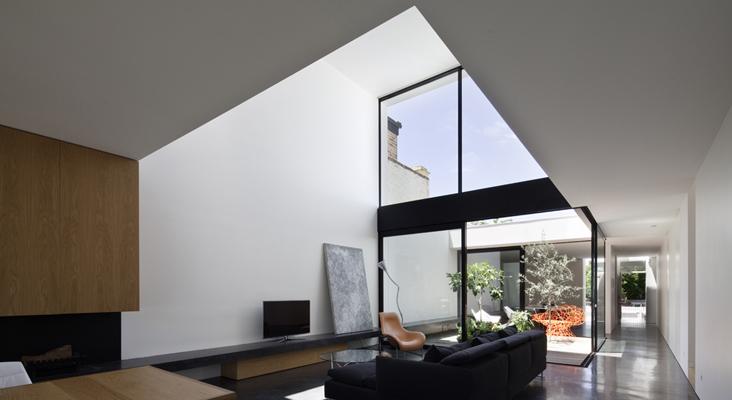 Inside-Outside-House-Peter-Miglis-Woods-Bagot-2