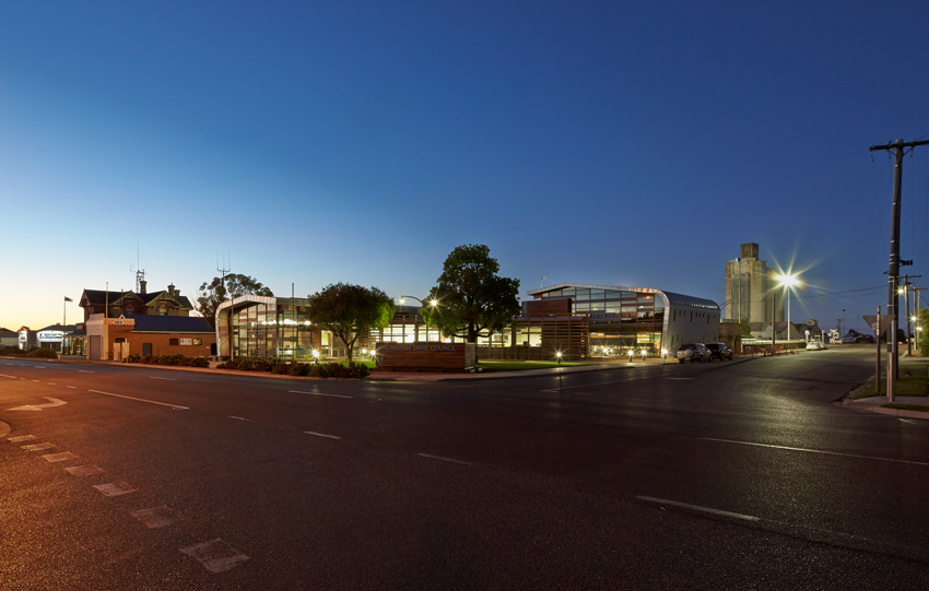Hindmarsh-Corporate-Centre—k20-Architecture—Peter-Bennetts-(3)