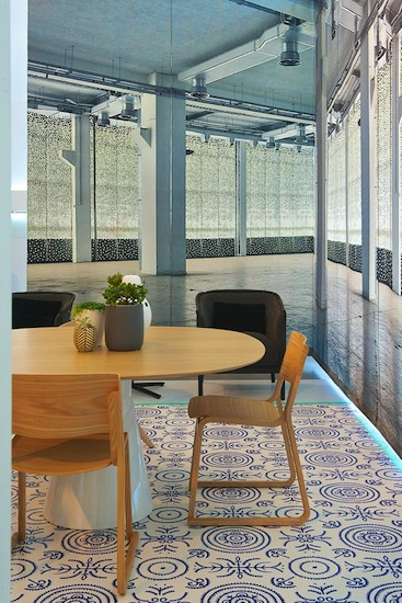 KE-ZU-Showroom-Installation-by-Yellowtrace-for-Sydney-Indesign-2013-Photo-©-Nick-Hughes