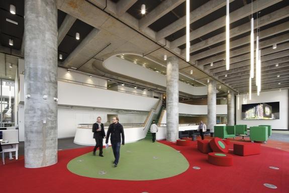Swinburne University Advanced Manufacturing and Design Centre