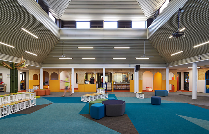 160201_st_stephens_library_0856