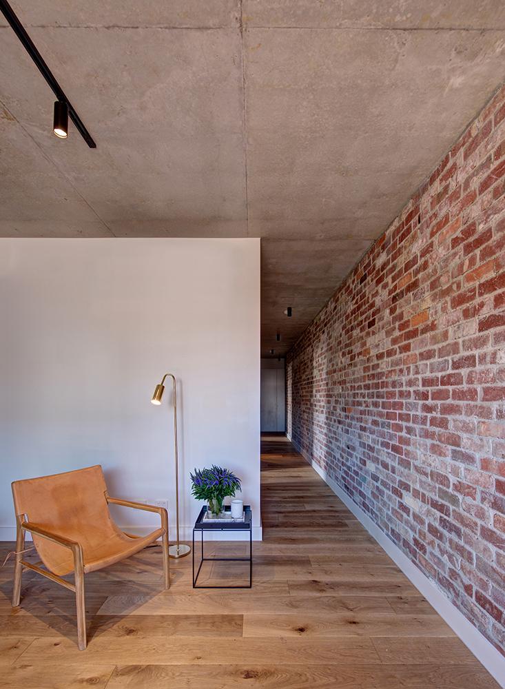 Image 07 – Apartment Living