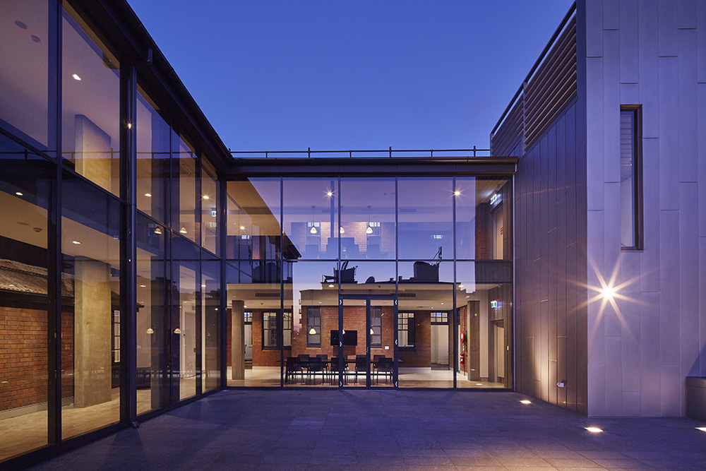 groupgsa_pyrmont_fire_station_and_offices_exterior