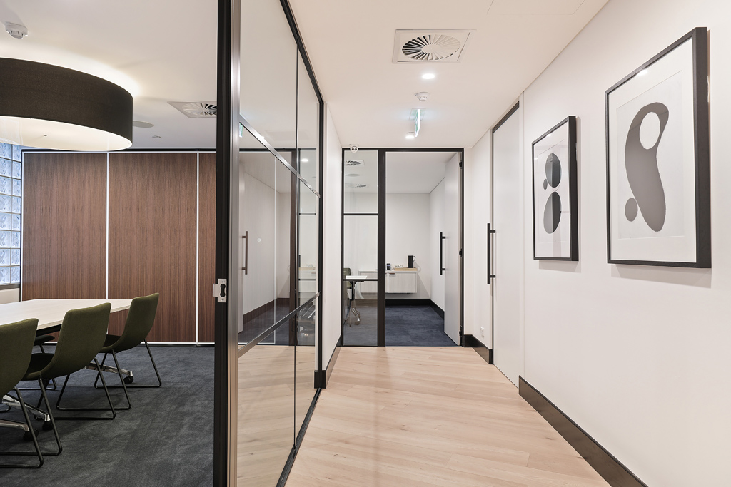 valmont_ypol_1_chifley_square_low_hallway1