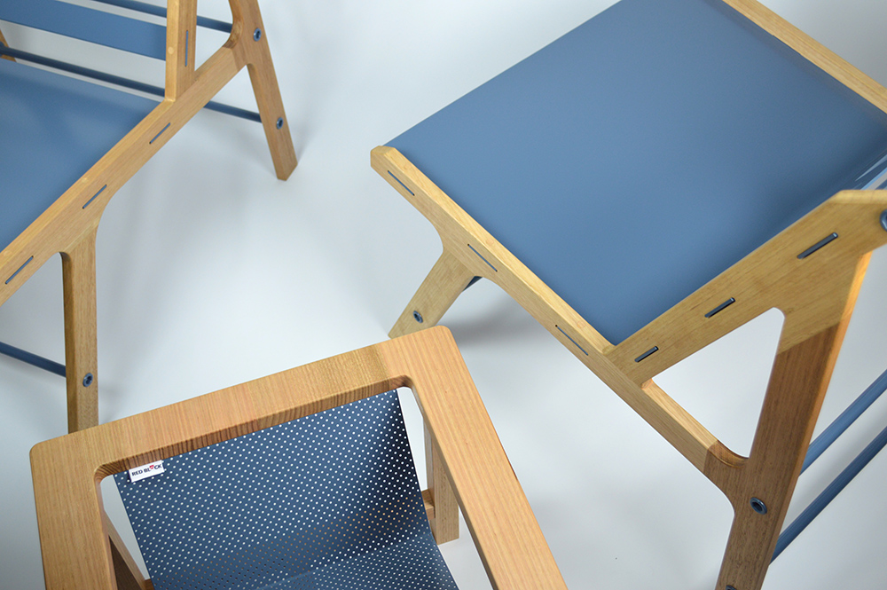 6_red_block_chair_with_table