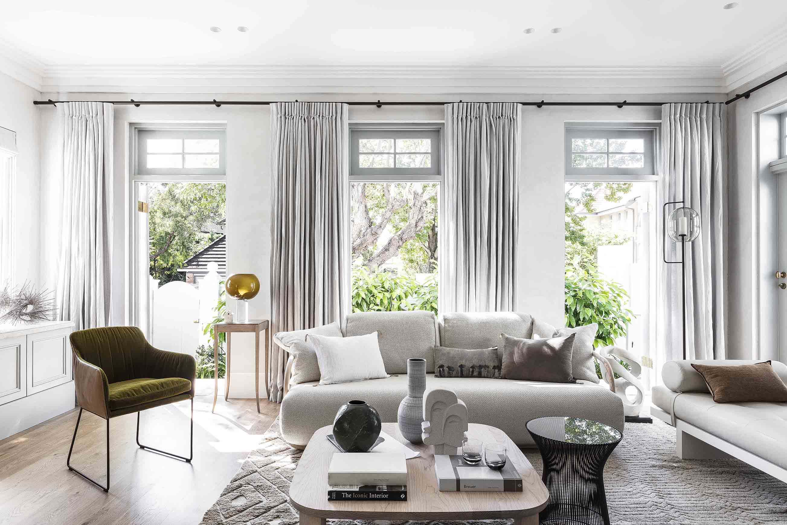 4_Darling Point_Living Area_Photography by Tom Ferguson_Editorial Styling by Claire Delmar