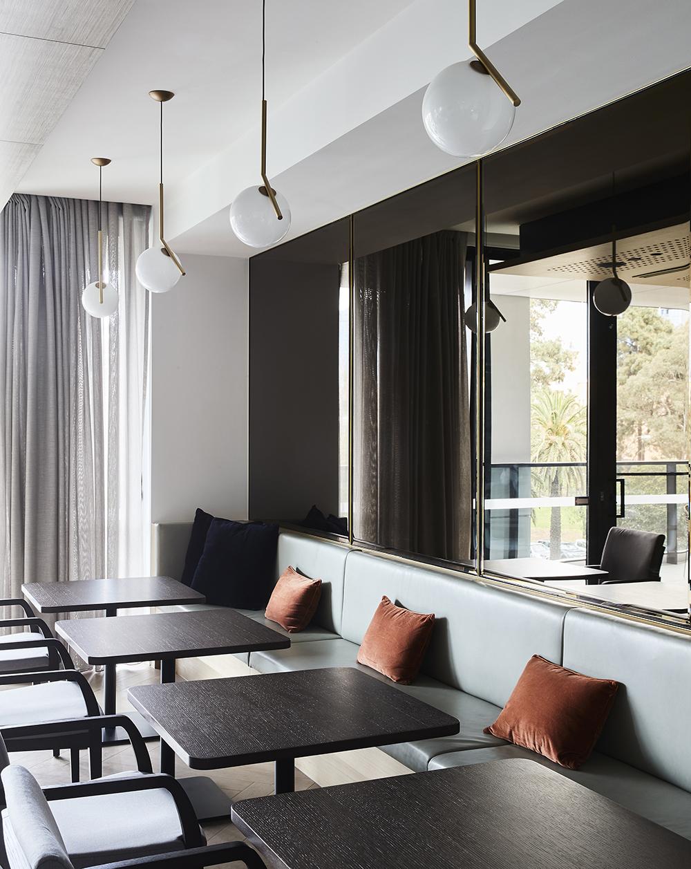 4640-interior_The Grace_FK_Willem-Dirk du Toit_04