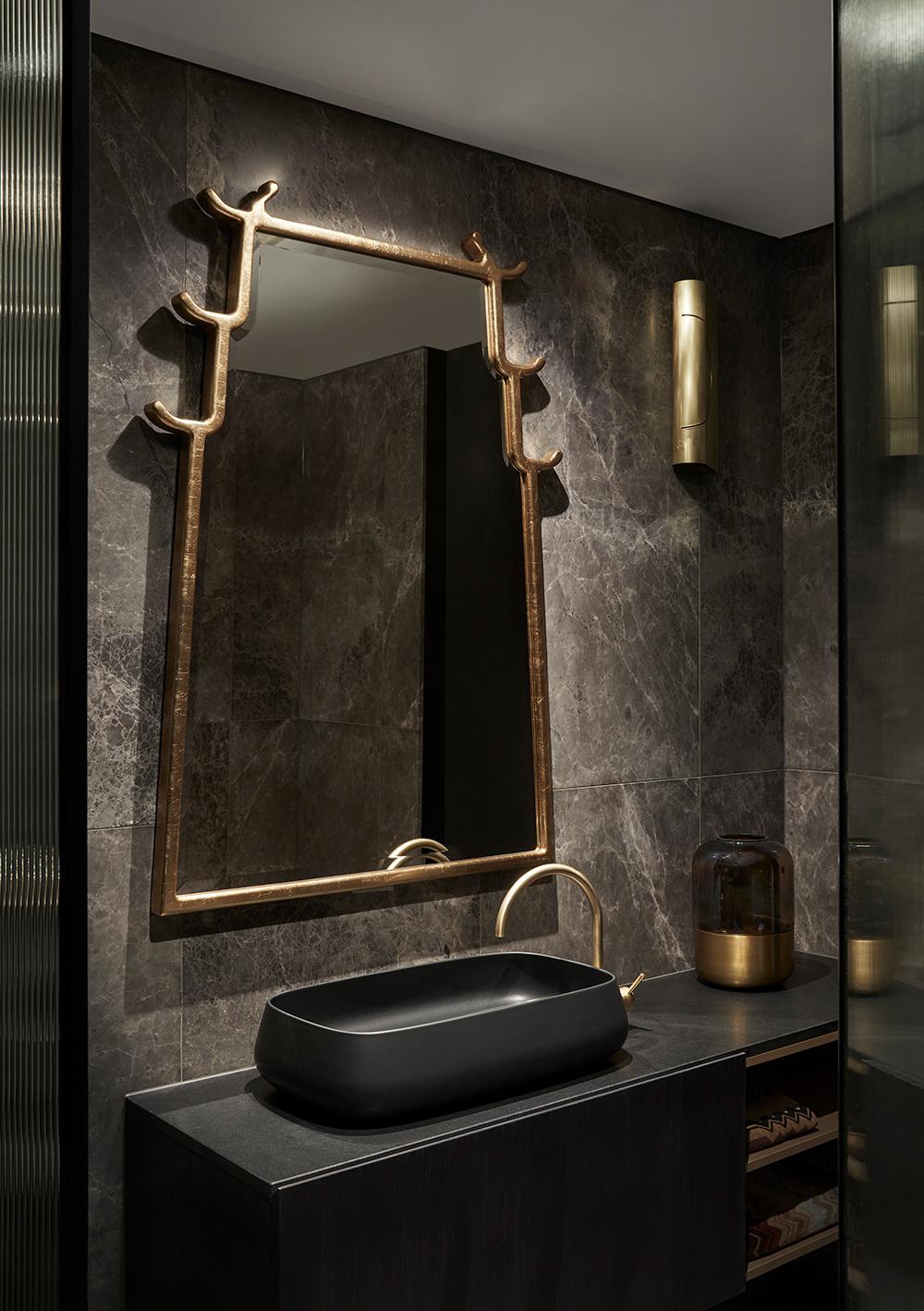 Fiona Jack Interiors Hawthorn House ensuite bathroom